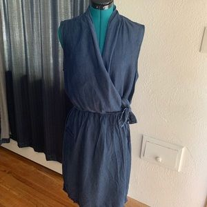 Elie Tahari Blue Chambray Faux Wrap Dress SZ 14